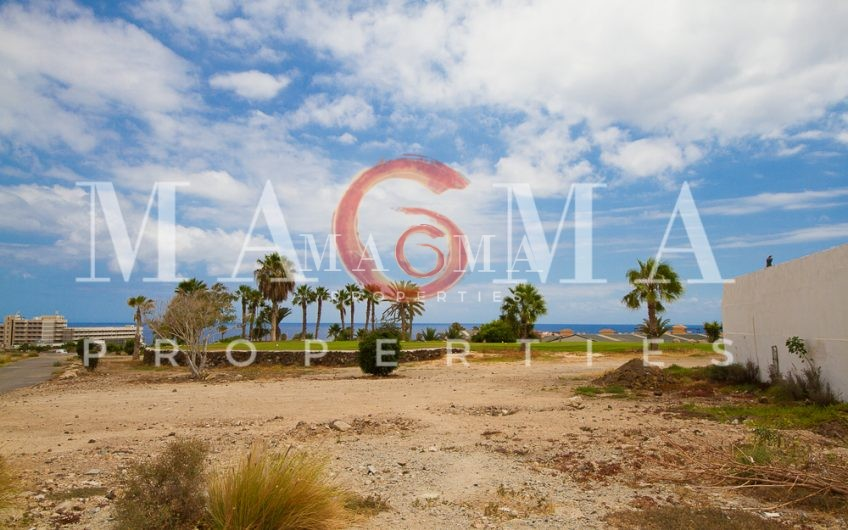 Amarilla Golf Brand new villa 3 bed 3 bath sea view